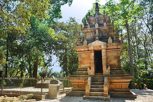 Candi cangkuang - Jawa Barat