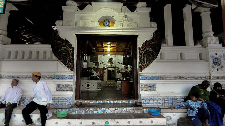 Wisata Makam Sunan Gunung Jati