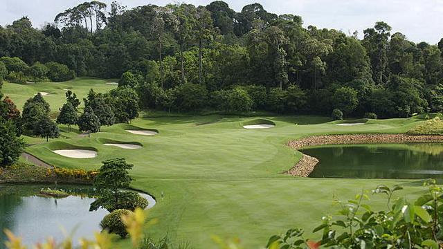 Wisata Bay Golf & Country Club
