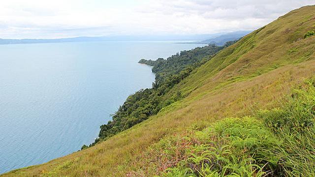 Wisata Danau Poso