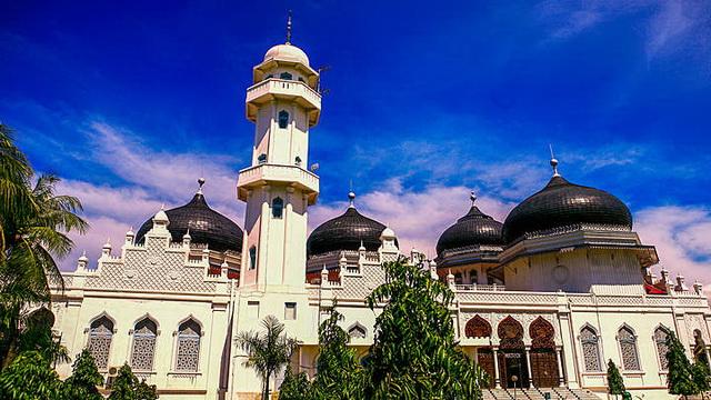Wisata Masjid Agung Baiturrahman