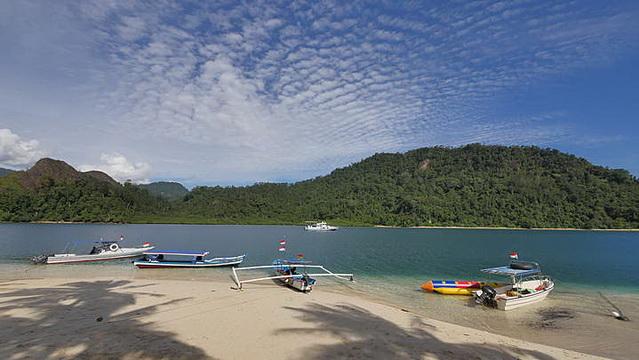 Wisata Pulau Bungus
