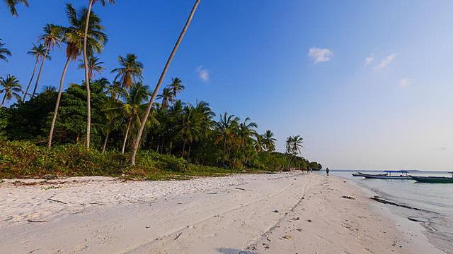 Wisata Pulau Hoga