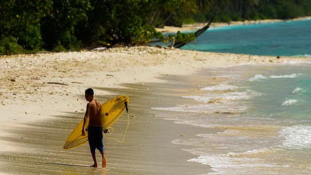 Wisata Pulau Sipora