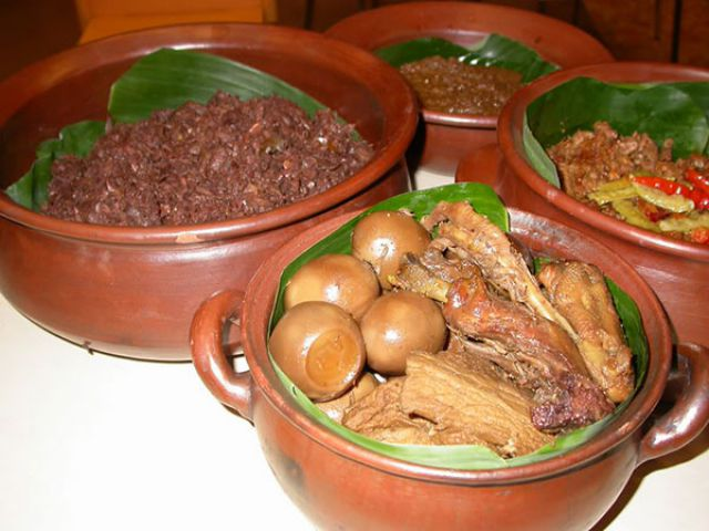Gudeg Ceker - Solo Culinary Destination